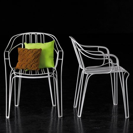 garden-furniture-by-kilian-schindler-2-blackchair2.jpg