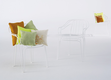 garden-furniture-by-kilian-schindler-whitechair2.jpg