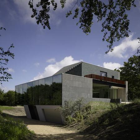Villa in the Dunes by Zandbelt&vandenBerg