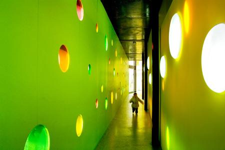 xavier-vilalta-hallway.jpg
