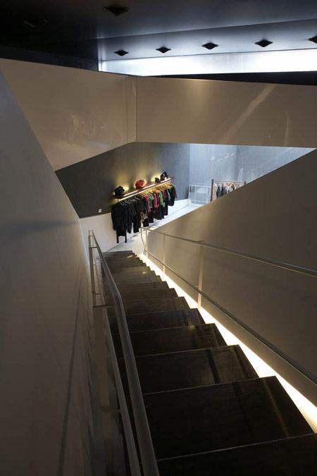 ayres-store-by-dieguez-fridman-arquitectos-asociados-a8.jpg