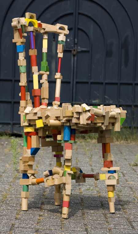 brickchair-by-pepe-heykoop-door.jpg