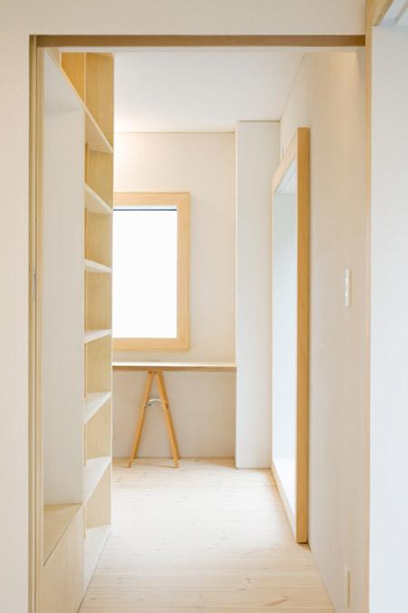 house-in-hiyoshi-by-hiroyuki-tanaka-architects-hokr_103_mg_1466_s.jpg
