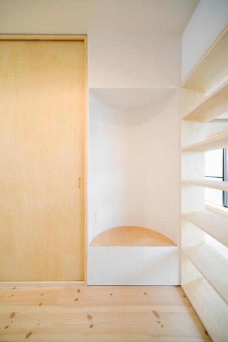 house-in-hiyoshi-by-hiroyuki-tanaka-architects-hokr_112_mg_1417_s.jpg