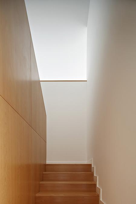 house-in-portugal-by-ana-reis_141008_0253.jpg