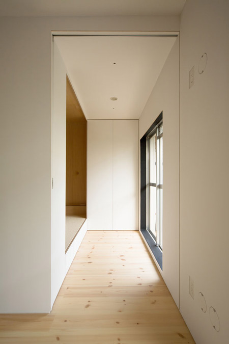 house-in-sagamino-by-hiroyuki-tanaka-architects-sgmr_012_mg_5466_s.jpg