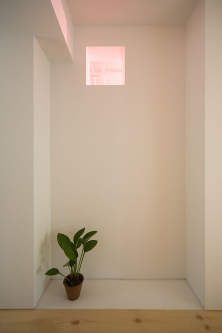 house-in-sagamino-by-hiroyuki-tanaka-architects-sgmr_024_mg_5356_s.jpg