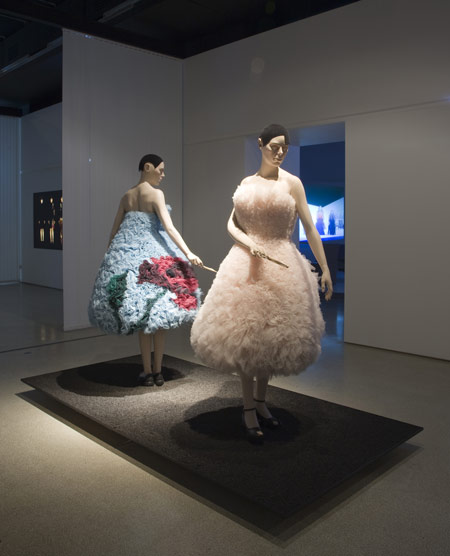 hussein-chalayan-at-the-design-museum-e-hc-before-minus-now-ss-20.jpg