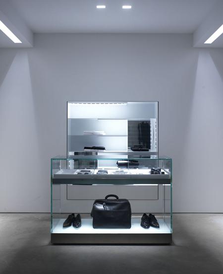 luisaviaroma-store-by-claudio-nardi-architects-luisa-01_pietrosavorelli.jpg