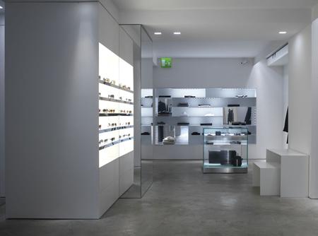 luisaviaroma-store-by-claudio-nardi-architects-luisa04_pietrosavorelli.jpg