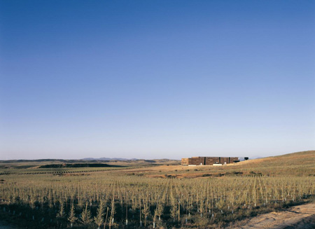 olisur-olive-oil-factory-by-gh-a-architects-1.jpg