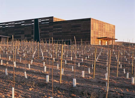 olisur-olive-oil-factory-by-gh-a-architects-3.jpg