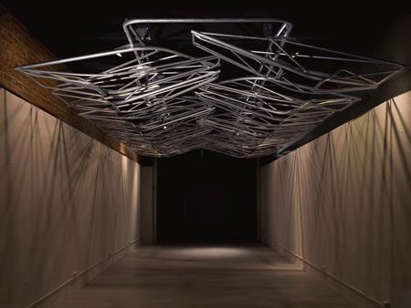 pendulum-plane-by-oyler-wu-collaborative-pendulum-3.jpg