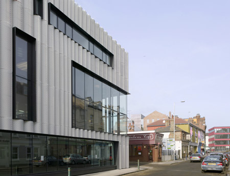quarterhouse-by-alison-brooks-architects-aba03hcdennis.jpg