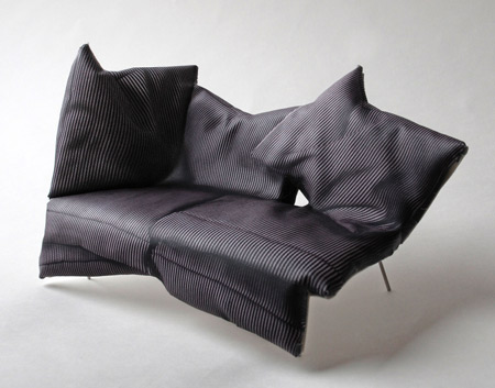 front-for-moroso-front_kuddsofa_side.jpg