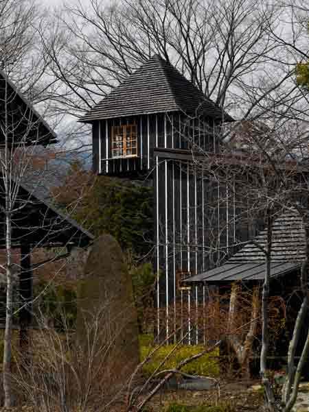 fujimori-yakisugi-house-charcoal-house-10.jpg