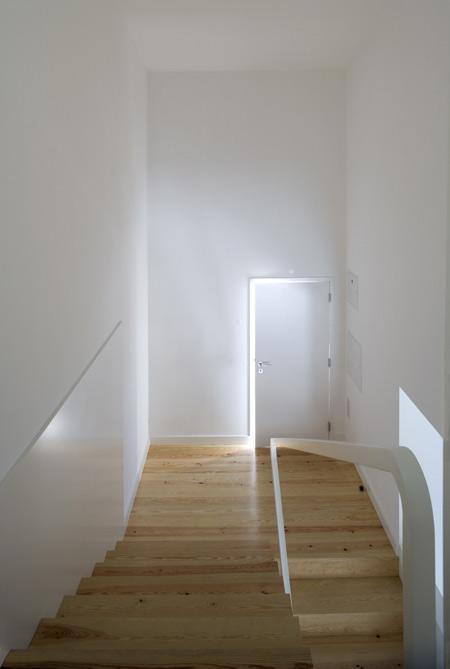 house-at-sobral-da-lagoa-by-bak-gordon-04608pr080630_027d.jpg