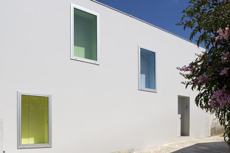 house-at-sobral-da-lagoa-by-bak-gordon-04608pr080630_037d.jpg