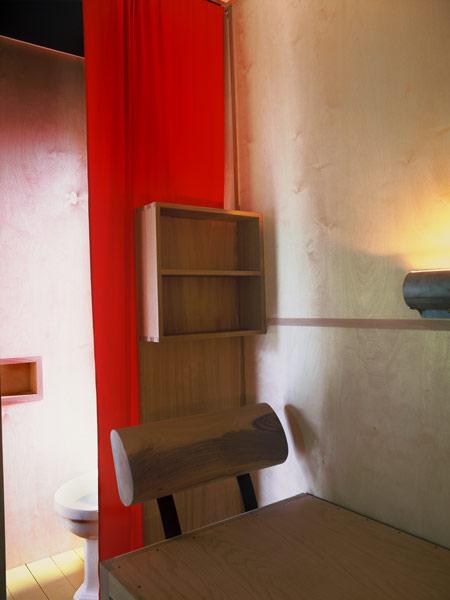le-corbusier-cabanon-the-interior-ricostruzione-cabanon09.jpg