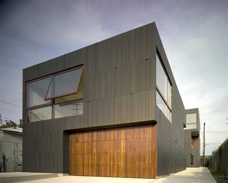 mush-residence-by-studio-010-architects-mush_extfrontentryway.jpg