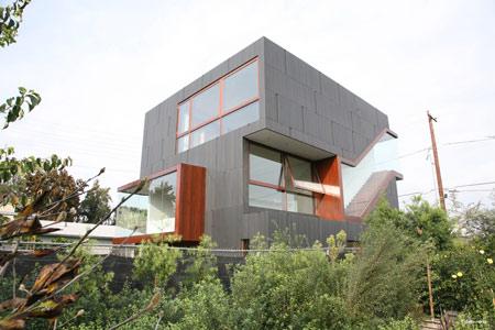 mush-residence-by-studio-010-architects-mush_extmainhousesouthwestc.jpg