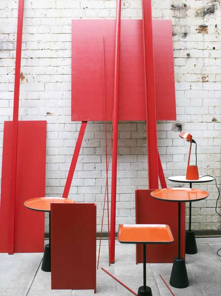 tom-dixon-in-milan-2009-shot_6_red_enamel_table-006.jpg