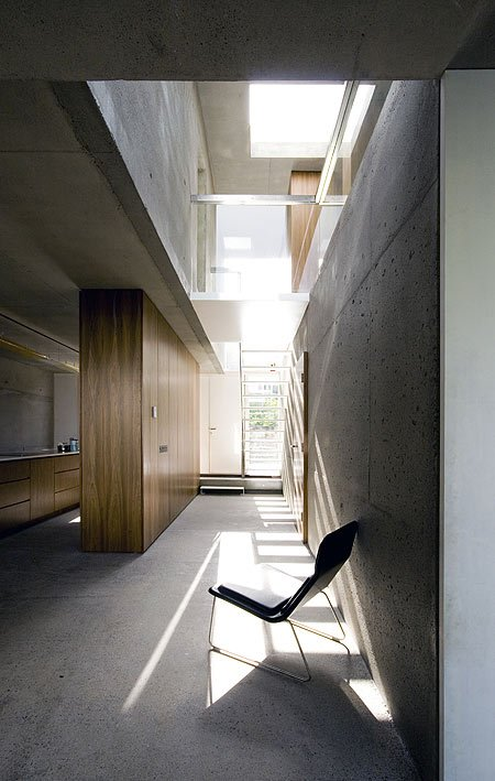 a-house-by-fkl-architects-0810_slr_groundfloor_07.jpg
