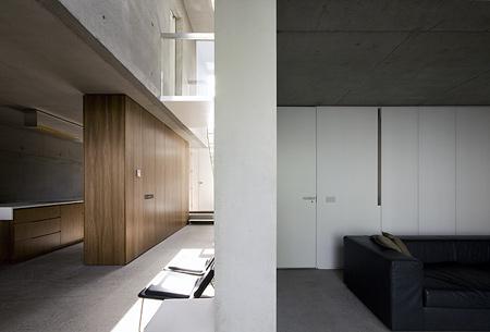 a-house-by-fkl-architects-0810_slr_groundfloor_09.jpg