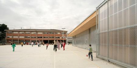 harquitectes_school-gym-704_dezeen-23b.jpg