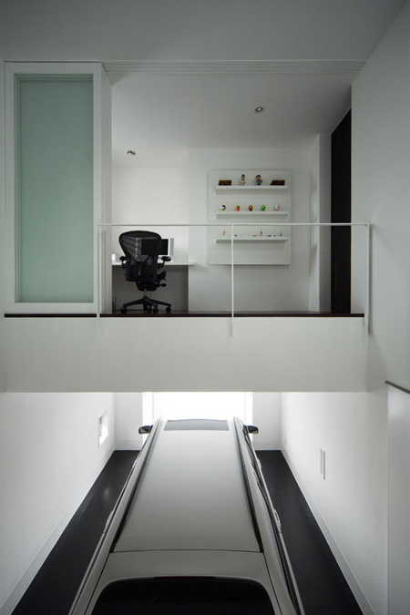 house-of-depth-by-formkouichi-kimura-architects-12_knsh_030_s.jpg