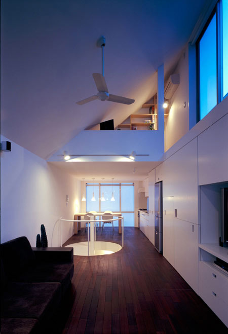 long-tall-house-by-spacespace-22.jpg