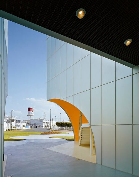nestle-application-group-queretaro-by-rojkind-arquitectosnestle2_0403.jpg