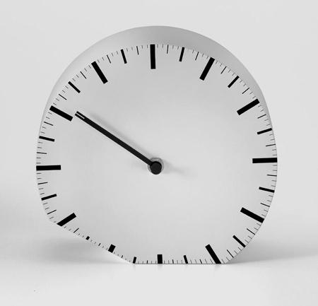 ora-illegale-by-denis-guidone_orologio-bianco_11.jpg