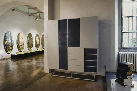 quodes-haberli-teca-closed-in-gallery.jpg