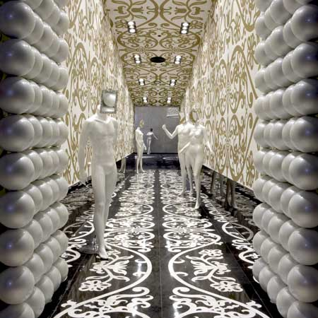 Villa Moda fashion store in Bahrain by Marcel Wanders