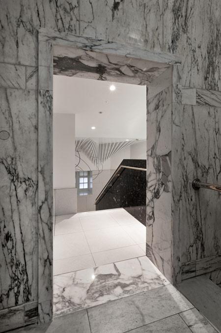 va-washrooms-by-glowacka-rennie-01_copyright_aw.jpg