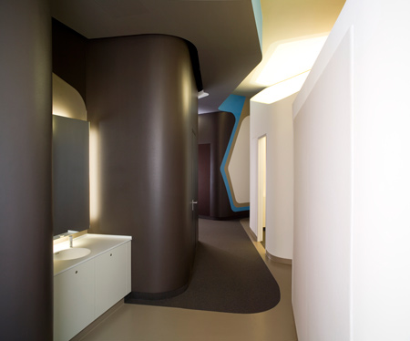 centre-for-dentistry-by-j-mayer-h-architects-jmh_zfz_mundhygiene_207.jpg