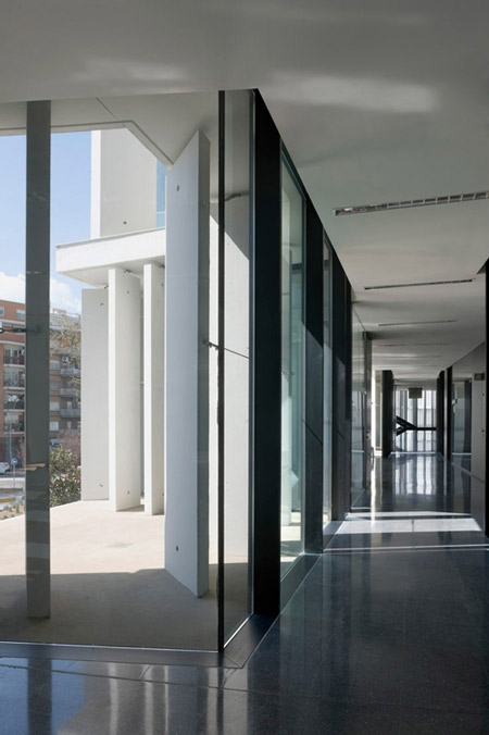 court-of-sant-boi-de-llobregat-by-baas-architects-duccio-malagamba_0398290.jpg