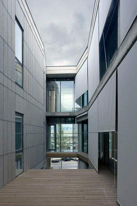 court-of-sant-boi-de-llobregat-by-baas-architects-duccio-malagamba_480530-4.jpg