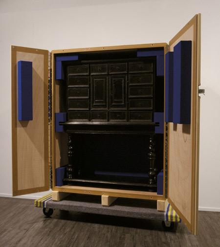 crate-cabinets-by-pieke-bergmans-130o6035.jpg