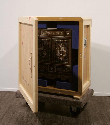 crate-cabinets-by-pieke-bergmans-130o6052.jpg