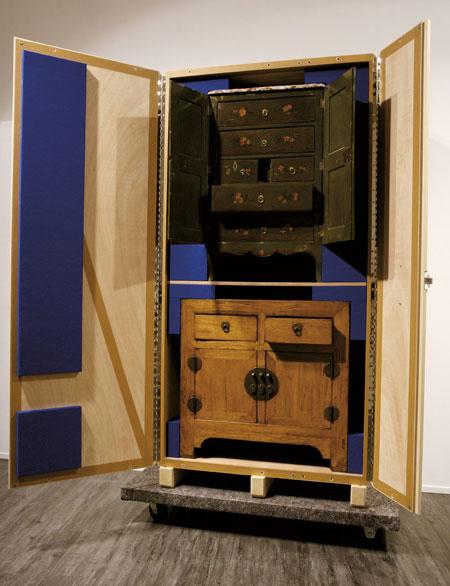 crate-cabinets-by-pieke-bergmans-130o6067.jpg