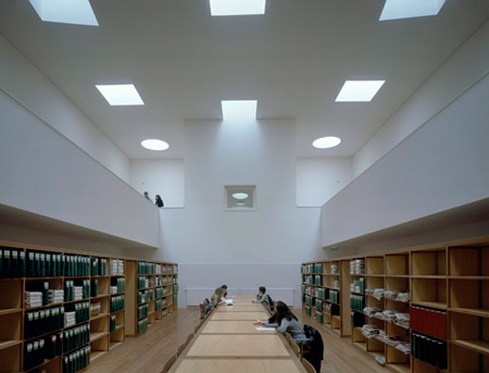 duccio-malagamba-photographs-alvaro-siza-faculty-of-communication-studies-1.jpg