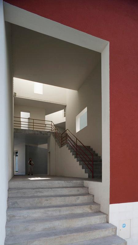 duccio-malagamba-photographs-alvaro-siza-saal-bouca-housing-1.jpg