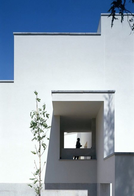 duccio-malagamba-photographs-alvaro-siza-serralves-foundation-4.jpg