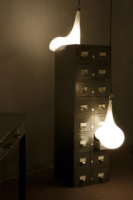 light-blubs-by-pieke-bergmans-130o5964_2.jpg