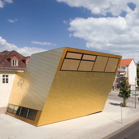 Bibliothek Luckenwalde by FF Architekten and Martina Wronna