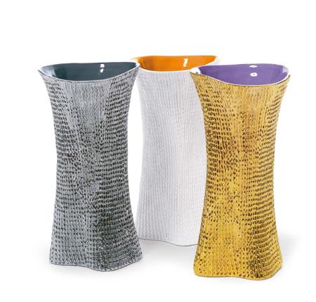 skitch-launches-in-milan-skitsch-cardboard-vase.jpg