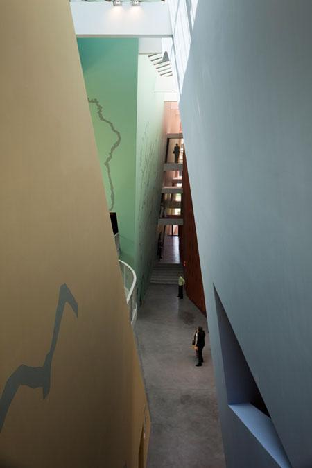 hergemuseum6.jpg