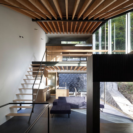 House in Kamakura by Suppose Design Office